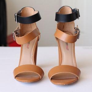 Shoes - JustFab Tan & Black Leather Heeled Sandal